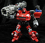 Generations Cliffjumper with Bazooka-cliffjumper2012-004.jpg
