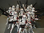 Toy Master's Star Wars Collection-essenttial-clones-pictures-19-.jpg