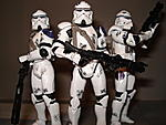 Toy Master's Star Wars Collection-essenttial-clones-pictures-39-.jpg