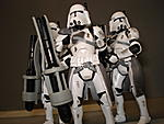 Toy Master's Star Wars Collection-essenttial-clones-pictures-43-.jpg