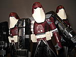 Toy Master's Star Wars Collection-essenttial-clones-pictures-44-.jpg