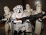 Toy Master's Star Wars Collection-essenttial-clones-pictures-48-.jpg