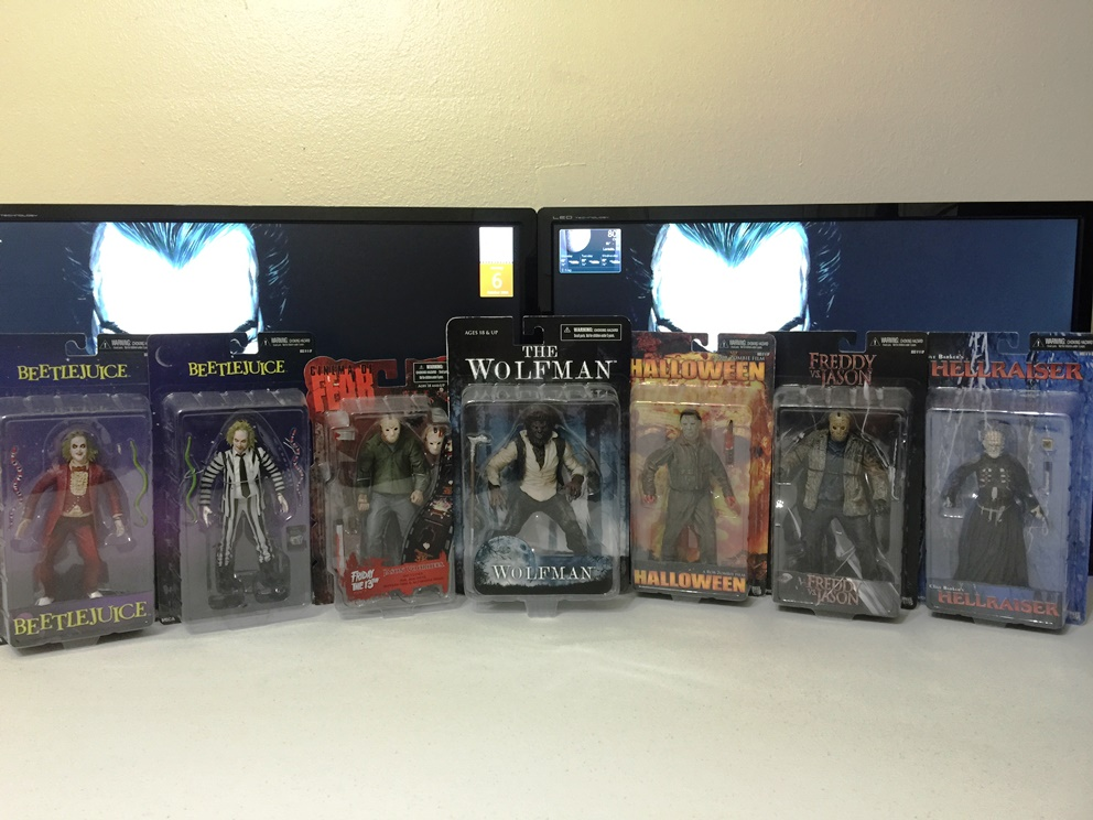 Halloween Horror: figures & films-002.jpg