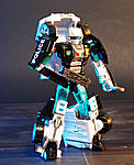 Combiner Wars Autotrooper and Generations Cliffjumper-autotrooper-002.jpg