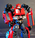 Combiner Wars Autotrooper and Generations Cliffjumper-cliffjumperprimegen-003.jpg