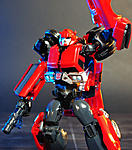 Combiner Wars Autotrooper and Generations Cliffjumper-cliffjumperprimegen-004.jpg
