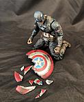 Marvel Legends Worthy Captain America-225afad2-7364-41ff-8c18-534242638b9d.jpg