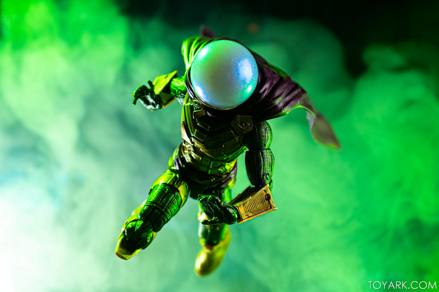 Toyark's Marvel Legends Endgame Galleries-legends-mysterio-teaser-1.jpg